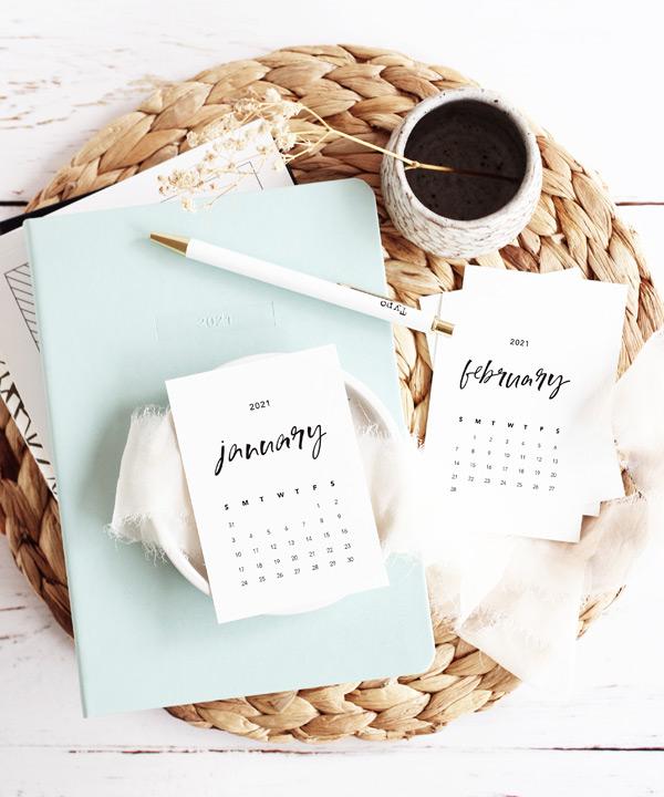 2021-desk-calendar